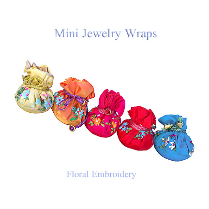 Small jewelry wraps with floral embroidery