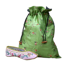 Floral Embroidery Shoe Pouches